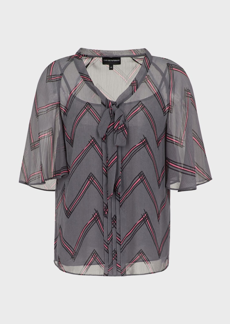 blusa-scollo-foulard-in-creponne-stampa-chevron